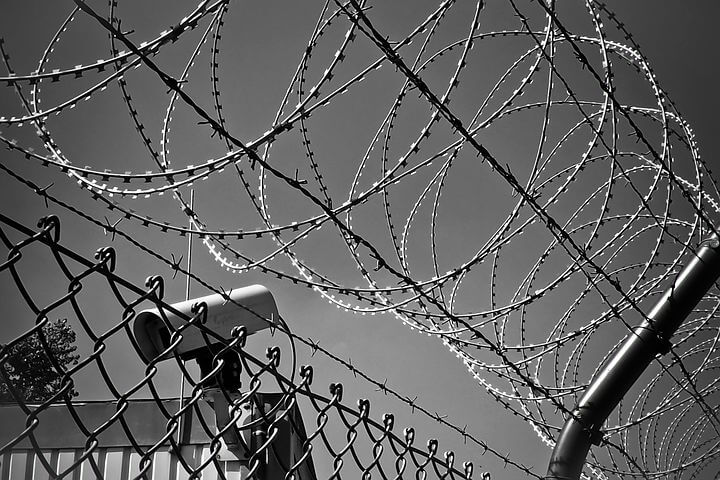 barbed-wire-1670222__480